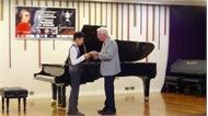 Cậu bé người Việt giành giải Nhì cuộc thi piano quốc tế Mozart