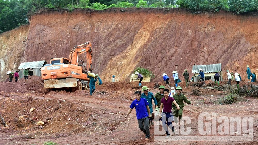Tân Yên: Diễn tập phòng chống lụt bão, tìm kiếm cứu nạn năm 2018