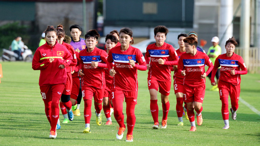 National women's football team to receive training in Japan