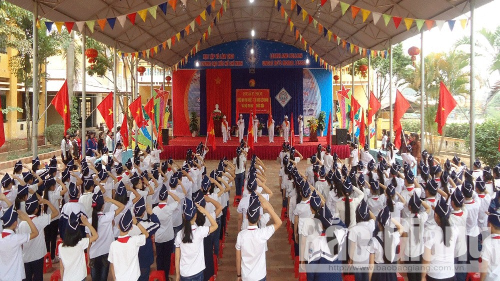 Lục Ngạn: Tăng hơn 1.900 học sinh so với năm học trước.