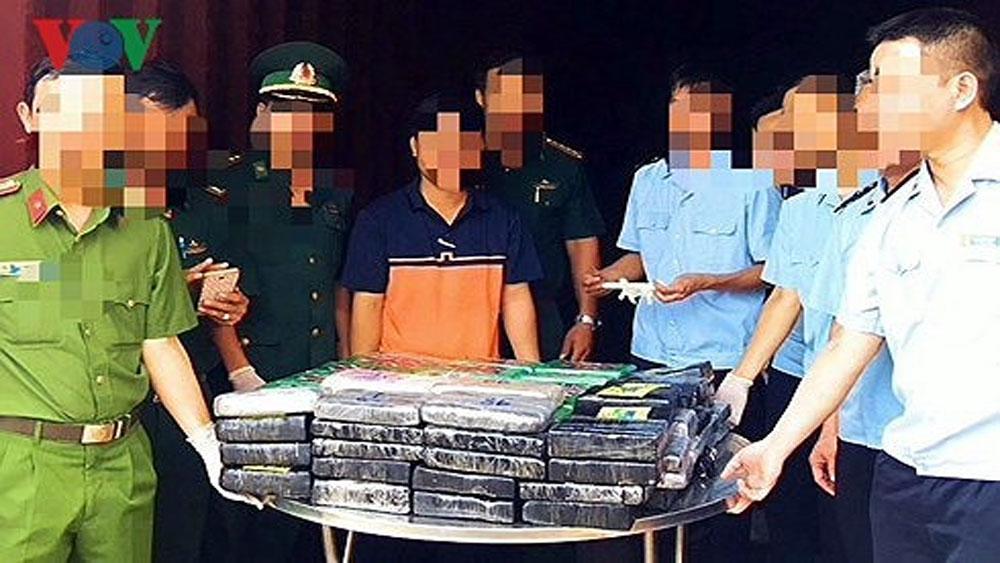 Khởi tố vụ án 100 bánh cocain trị giá gần 800 tỷ trên tàu nước ngoài