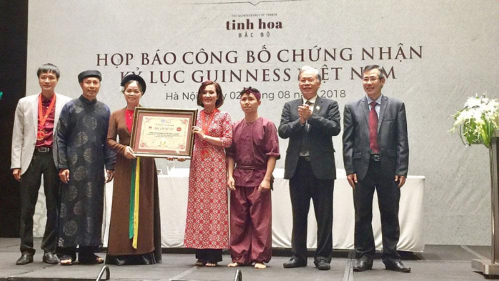 """""""Tinh hoa Bắc Bộ"""" lập cú đúp kỷ lục Guinness Việt Nam"""