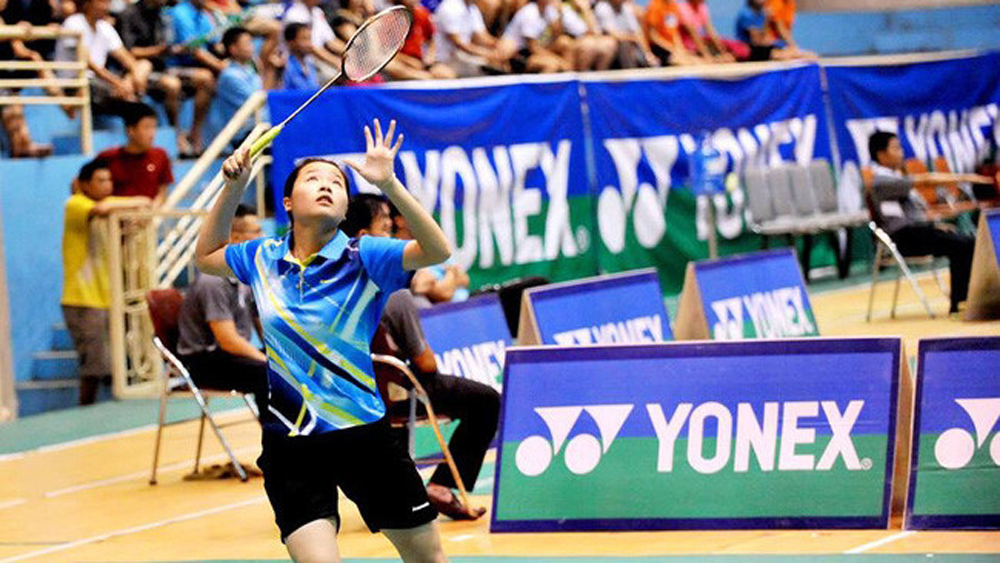 "Vietnam's badminton ""hot girl"" advances to third round of world championships"