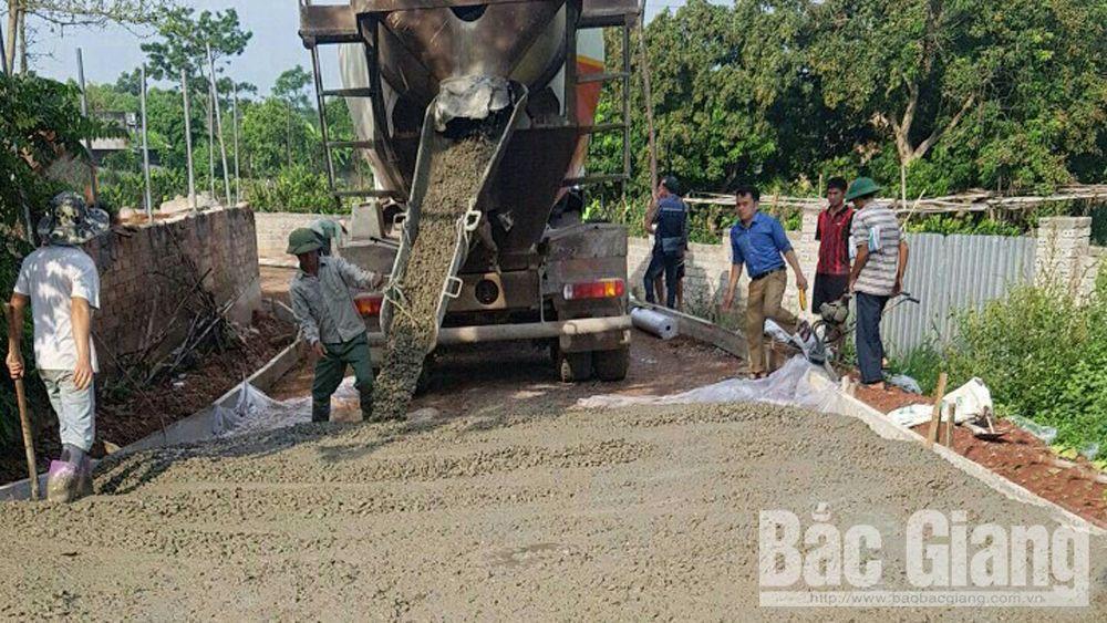 Xã Nhã Nam (Tân Yên) cứng hóa 2,2 km đường trục xã