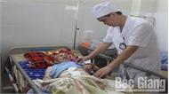 Bệnh viện Đa khoa tỉnh Bắc Giang thực hiện thành công kỹ thuật thay động mạch chủ bụng bị phình