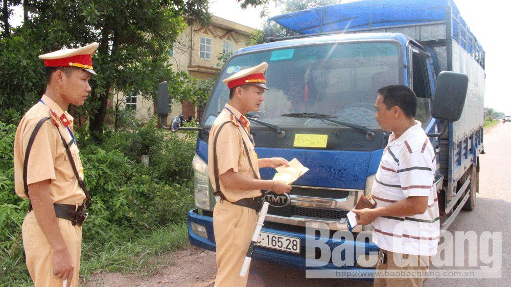 Tuần đầu cao điểm kiểm soát xe quá khổ, quá tải tại Bắc Giang: Xử lý 229 trường hợp vi phạm