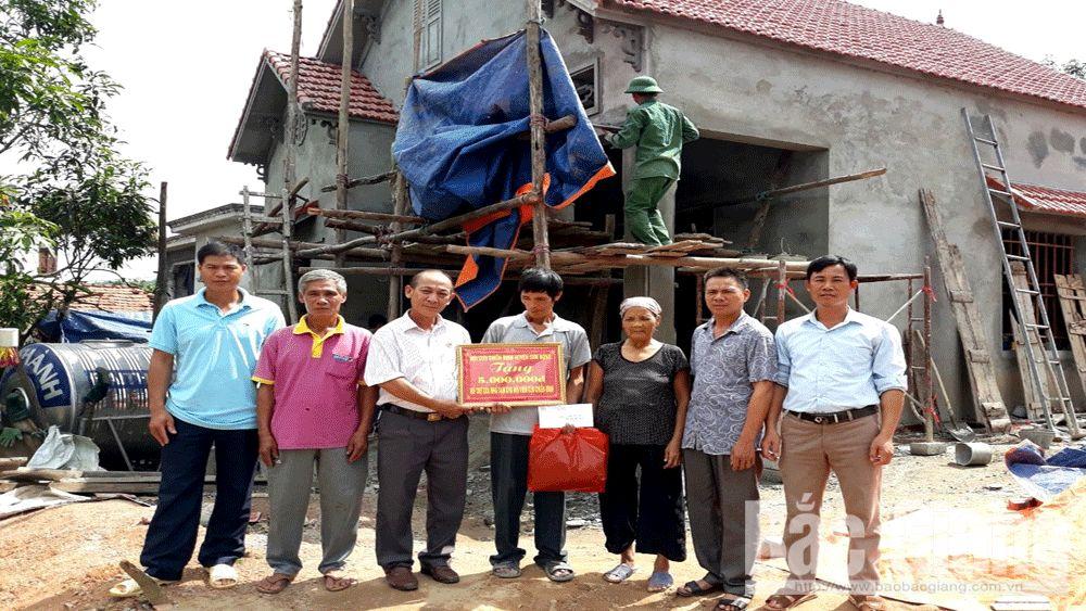Sơn Động hỗ trợ hội viên cựu chiến binh xoá nhà tạm