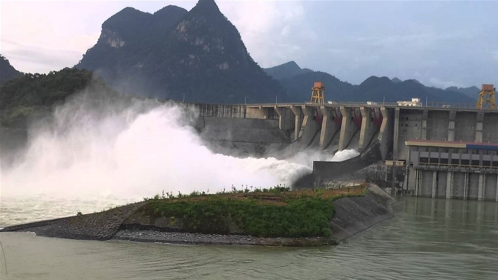 Prime Minister urges measures to enhance dam safety