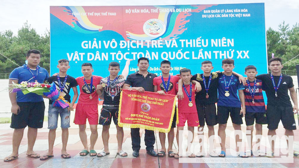 Bac Giang province, Bac Giang team, second position, national tournament, junior traditional wrestling tournament, Vietnam Administration of Sports, traditional martial art