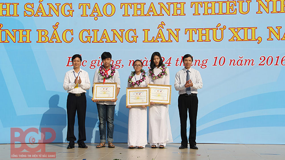 Bac Giang: 30 models and services awarded in Youth Invention Contest