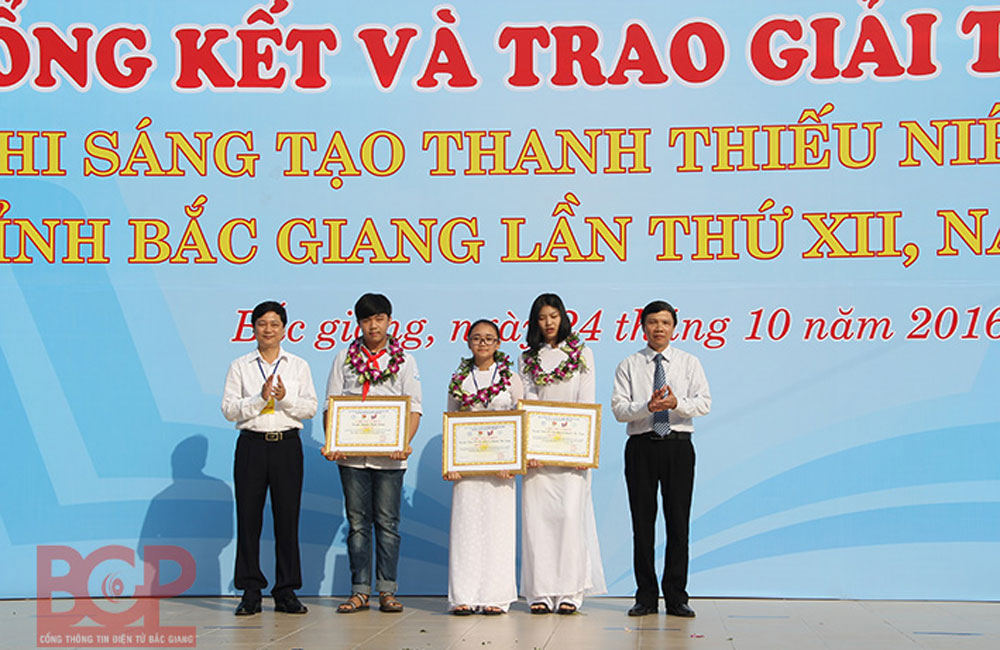 Bac Giang province, models and services, Youth Invention Contest, first prize, second prize winners,  youngest inventor, socio-economic growth