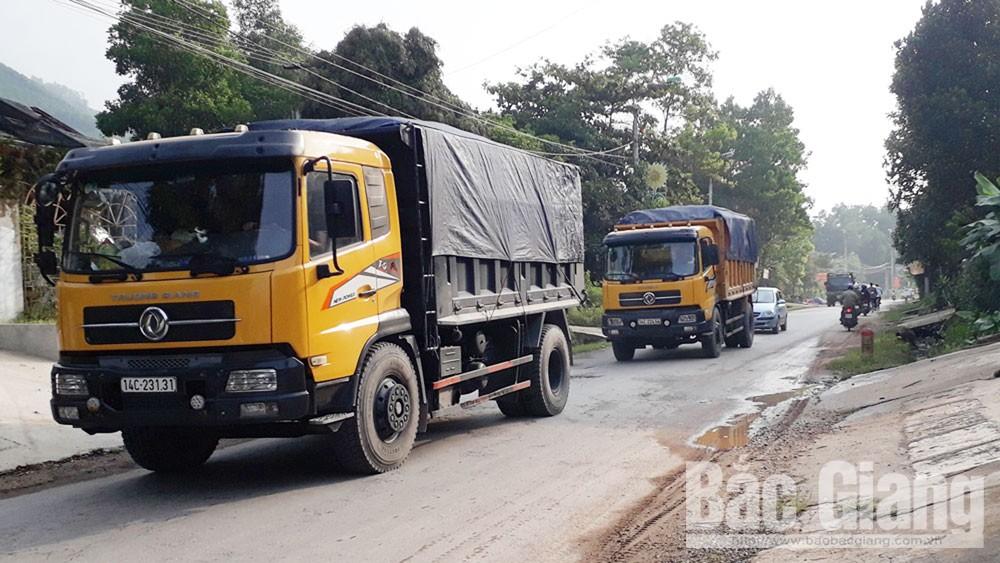 Tái diễn xe trọng tải lớn phá đường giao thông tại Sơn Động