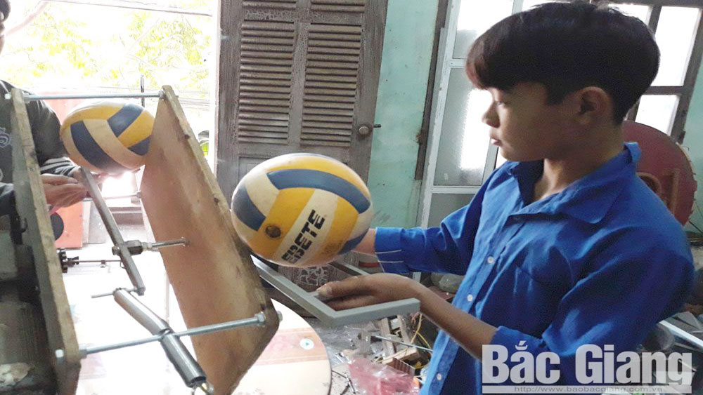 Vo Duy Tung – creator of volleyball training machine