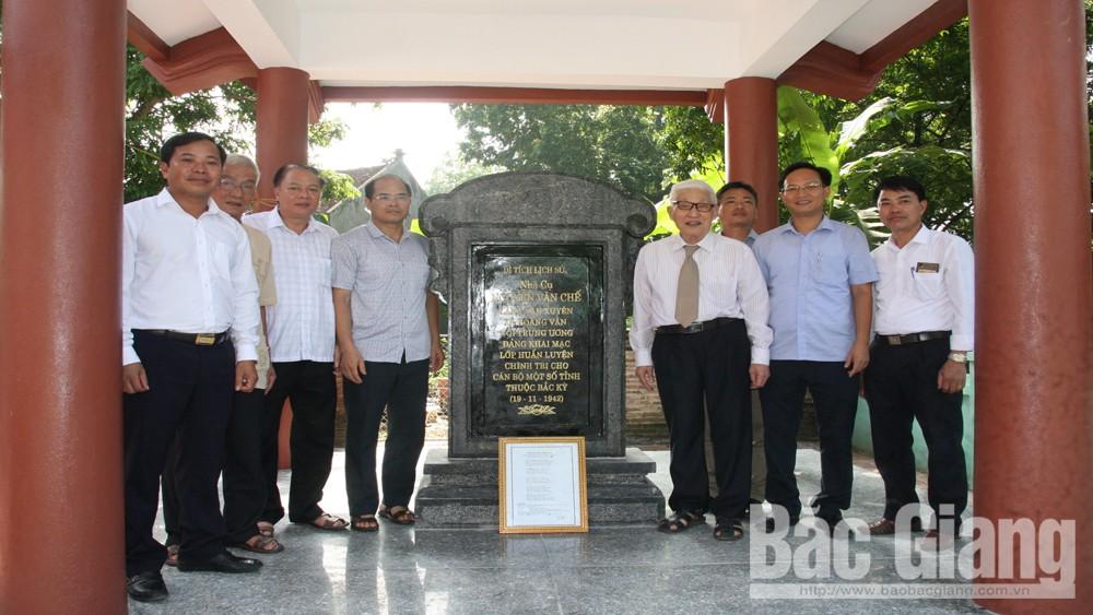 Khánh thành bia di tích lịch sử nhà cụ Nguyễn Văn Chế