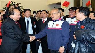 Thủ tướng khen ngợi Olympic Việt Nam