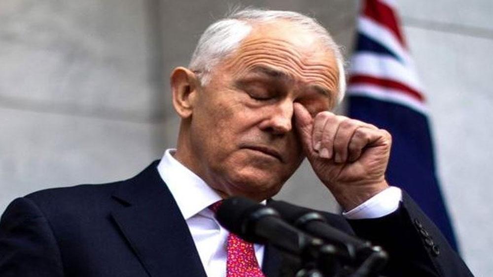 Úc: 10 bộ trưởng nộp đơn từ chức