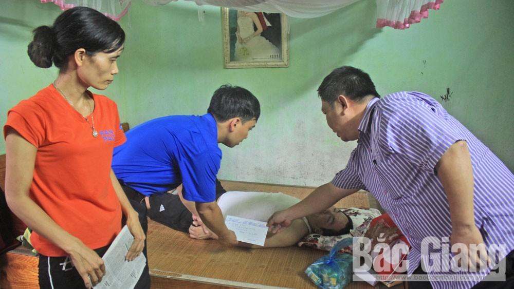 Gia đình anh Nguyễn Văn Phải được hỗ trợ gần 130 triệu đồng