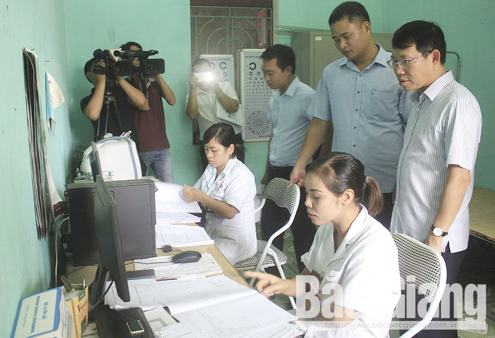Yen Dung district, Bac Giang province, data input, eHealth management records, health examination and management, dossier making, information review and collection, specific guidance,