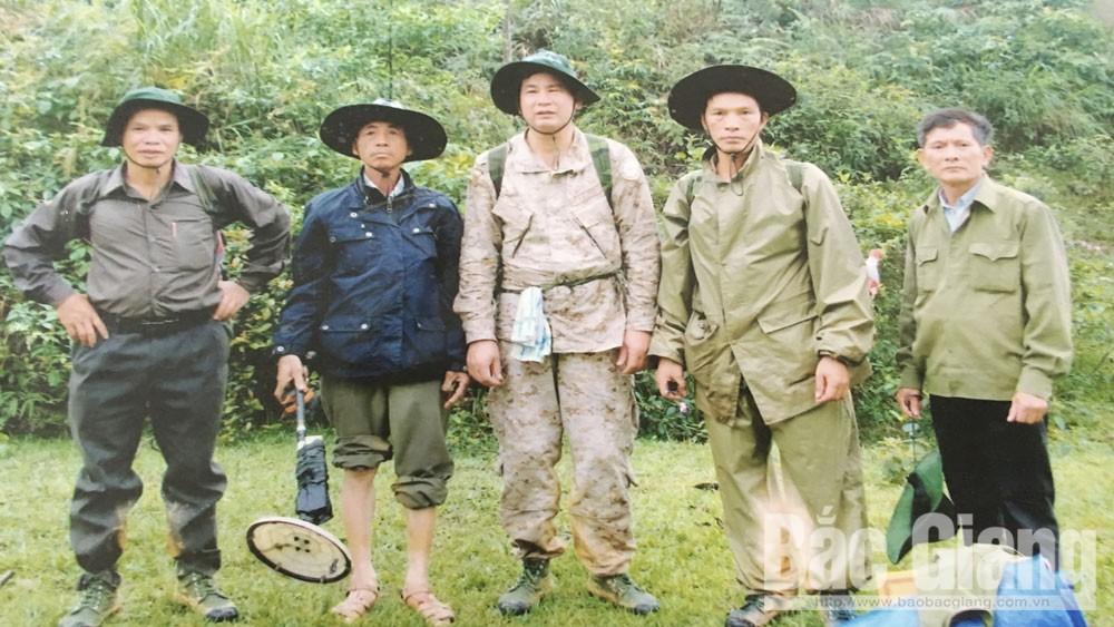 """CCB Nguyễn Danh Bình: """"Còn sức khỏe, còn tìm đồng đội"""""""