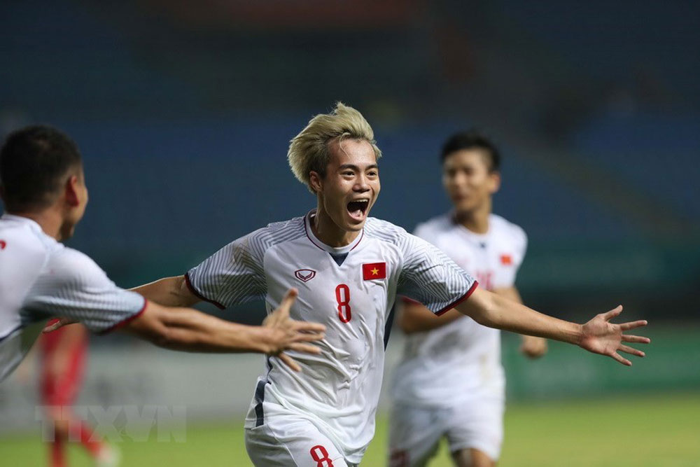 Vietnam, ASIAD, football semifinals, first time, Olympic football team, historic victory, Asian Games, first time