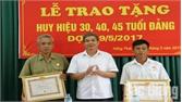104 đảng viên được tặng Huy hiệu Đảng dịp 2-9