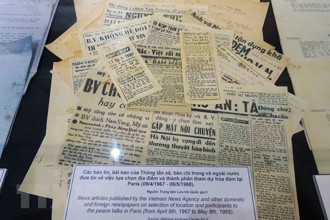 Giới thiệu nhiều tài liệu tối mật tại triển lãm về Hiệp định Paris