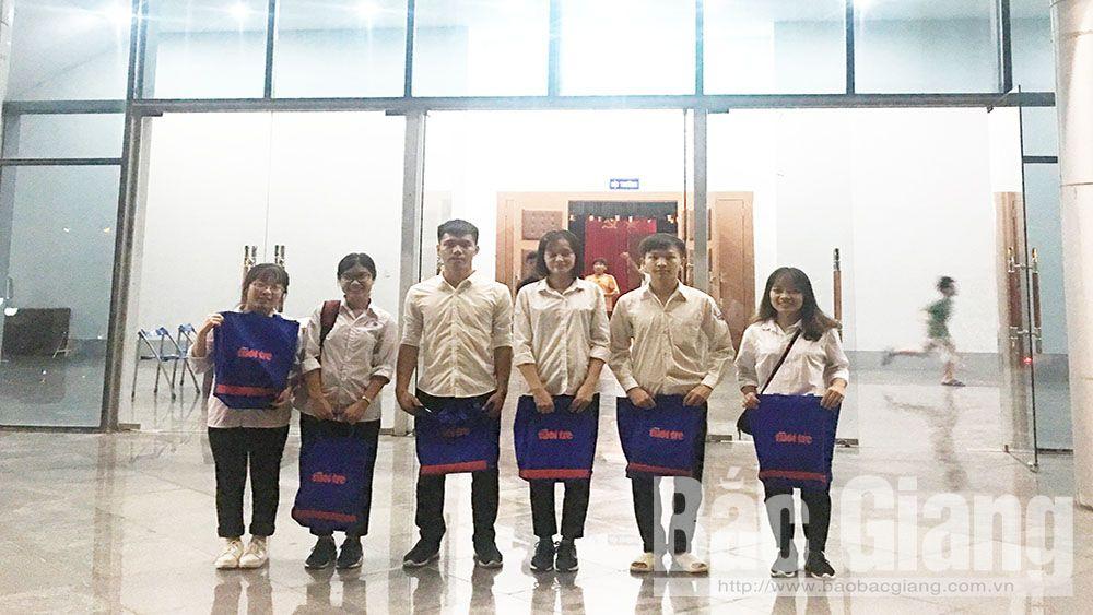 """Bắc Giang có 7 tân sinh viên được trao học bổng """"Tiếp sức đến trường"""""""