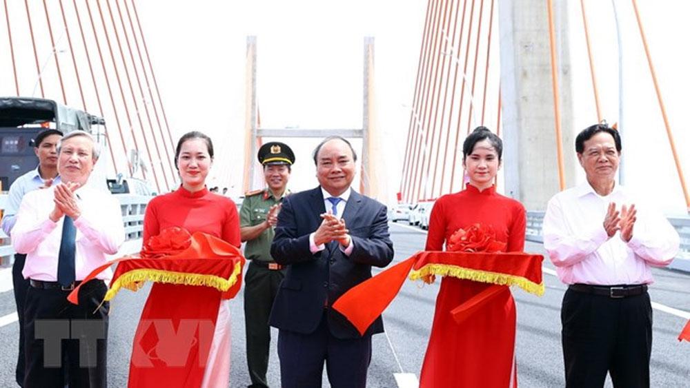 Thủ tướng phát lệnh thông xe tuyến cao tốc Hạ Long-Hải Phòng