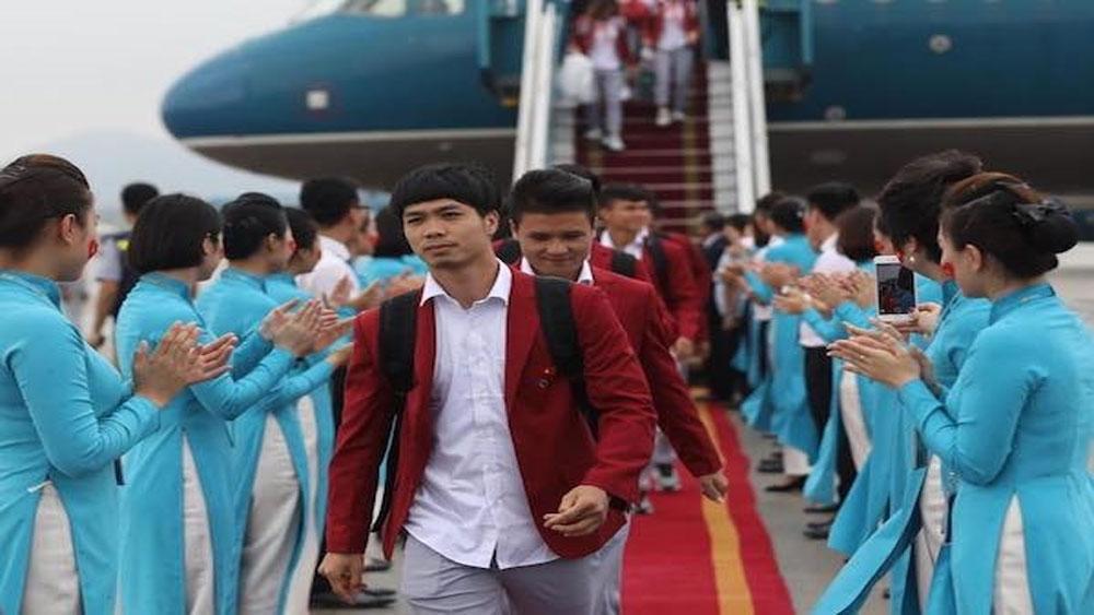 Đội tuyển Olympic Việt Nam đã về đến sân bay Nội Bài