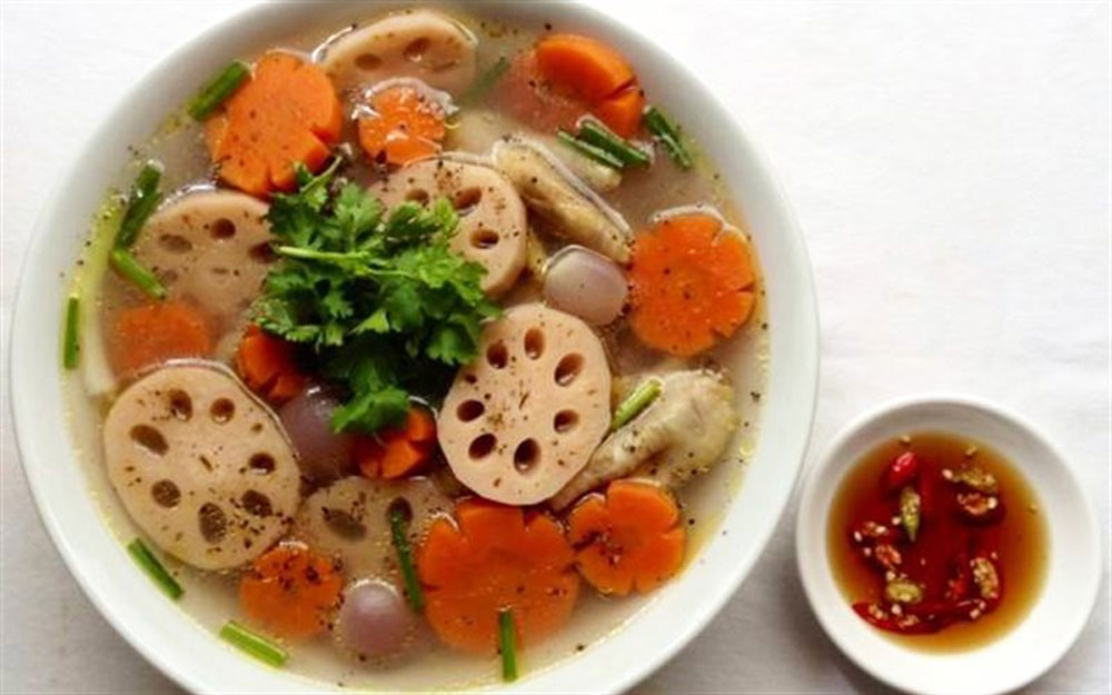 Lotus root soup, tasty and healthy appetizer, traditional dish, Vietnamese people, lotus roots, pork leg, best quality roots, herbal researcher