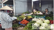 Sau mưa lũ, giá rau, củ tại Bắc Giang tăng mạnh