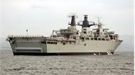 Khám phá bên trong tàu đổ bộ tấn công Anh đang có mặt tại Việt Nam