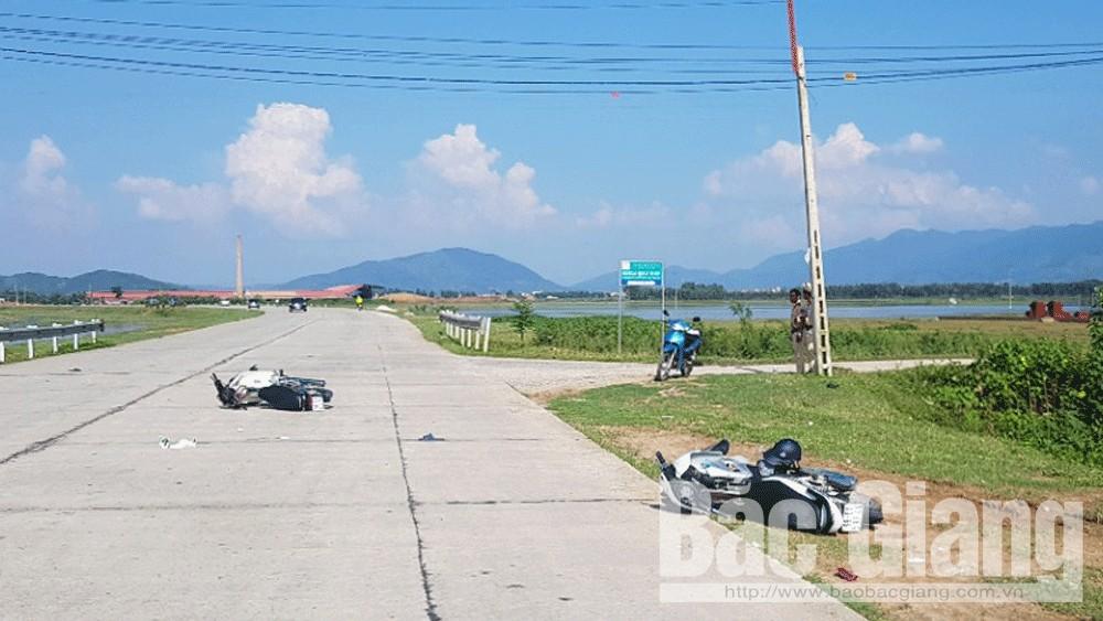 Lục Nam: Hai người bị thương do va chạm giao thông