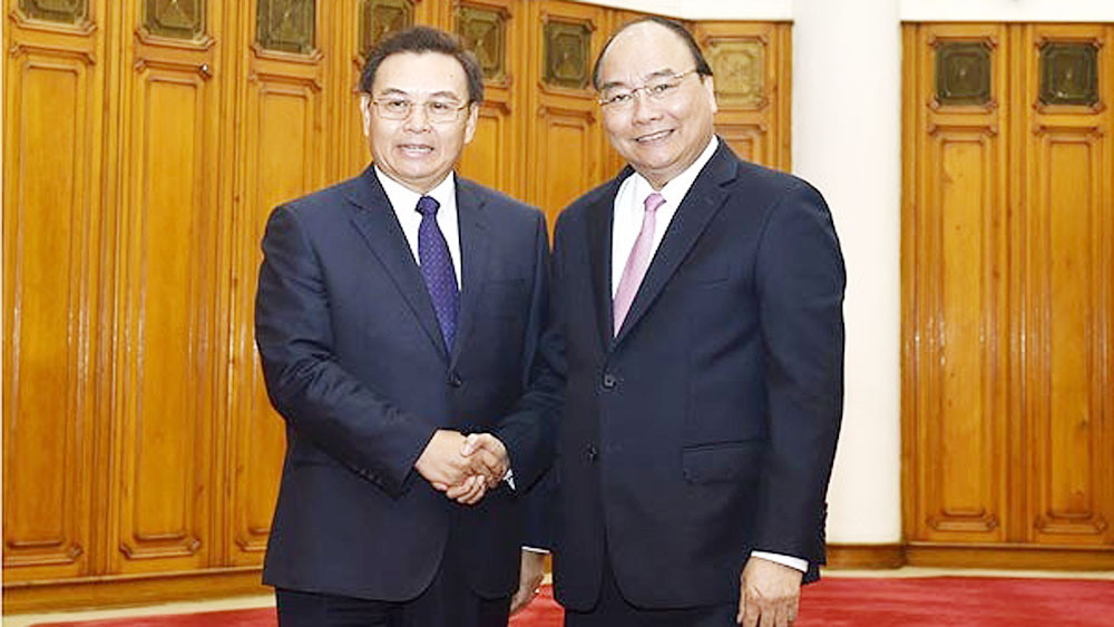 PM hosts Lao Front leader
