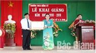 Phó Chủ tịch UBND tỉnh Dương Văn Thái dự khai giảng năm học mới tại Yên Thế