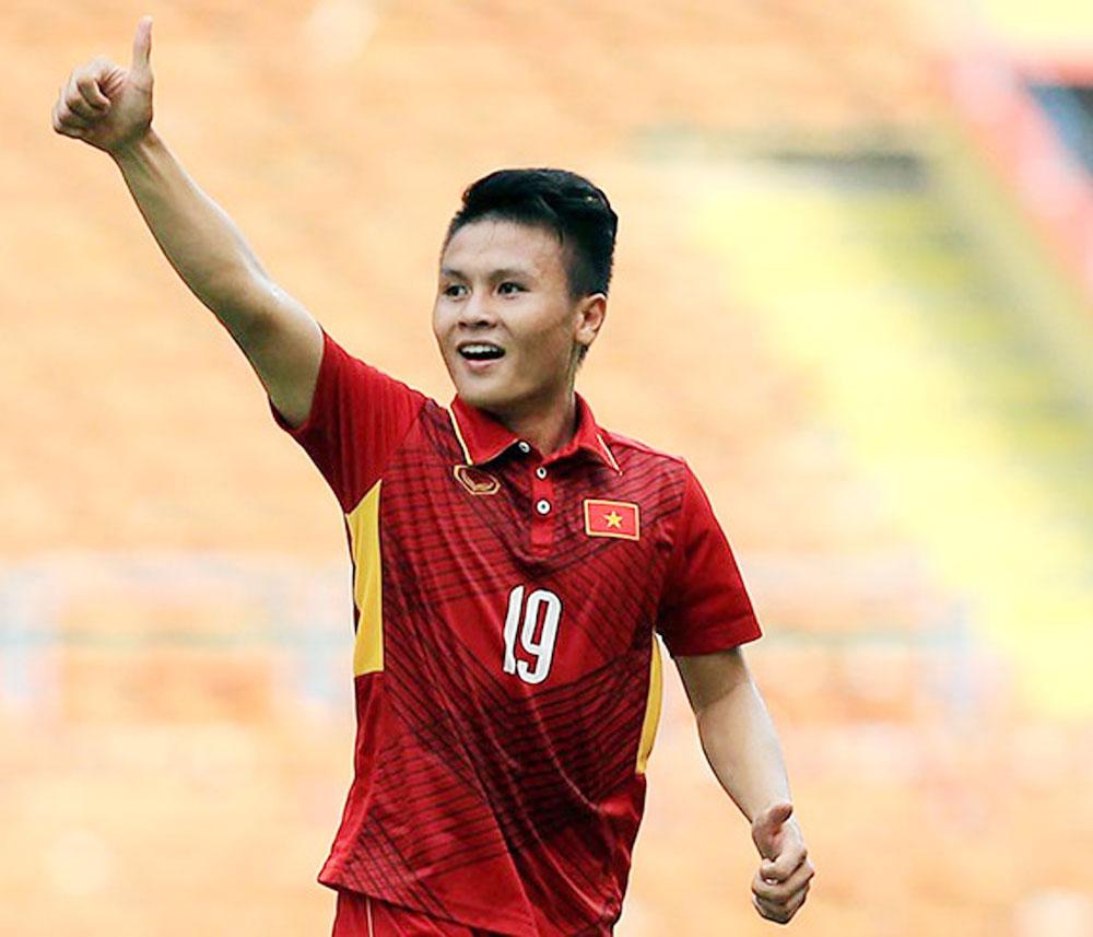 Three Vietnamese footballers, FOX Sports, Asian Games, Best XI,  best players, Olympic Vietnam football team, Bui Tien Dung, Nguyen Quang Hai, Vu Van Thanh
