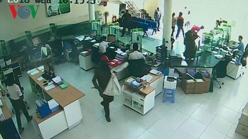 Kẻ nổ súng cướp ngân hàng lên kế hoạch trước 4 tháng