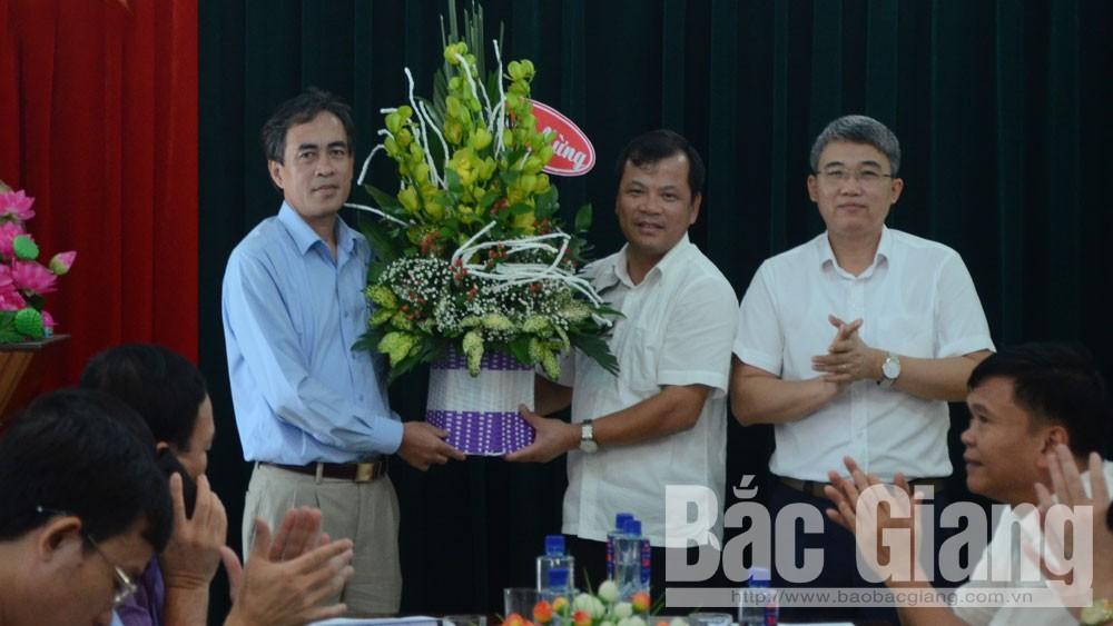 Đồng chí Phan Thế Tuấn được bầu làm Bí thư Huyện ủy Yên Dũng