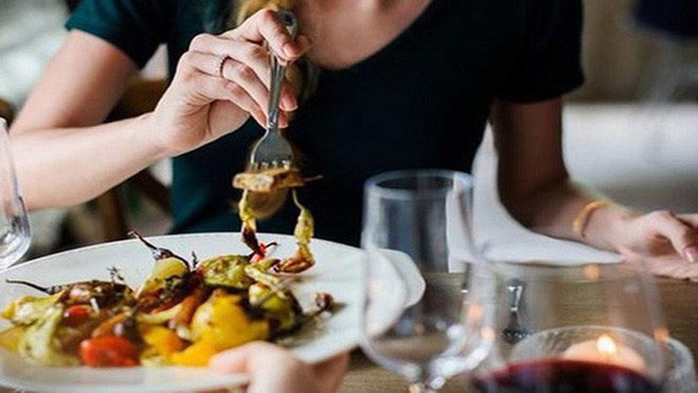 Những thói quen ăn uống 'rước' ung thư vào người