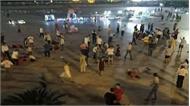 Trung Quốc: Xe hơi lao vào đám đông, 55 người thương vong