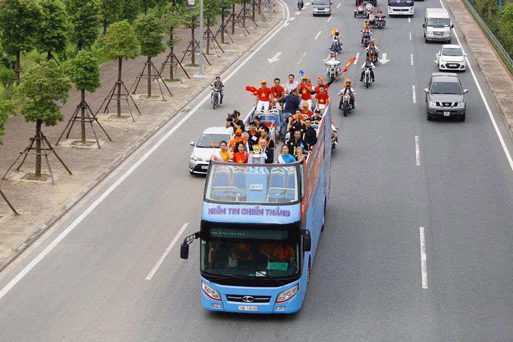 Cúp Ngoại hạng Anh, diễu hành, con phố, Hà Nội