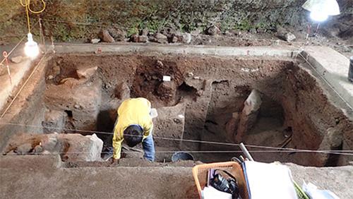 Việt Nam lần đầu phát hiện xương người tiền sử ở hang núi lửa