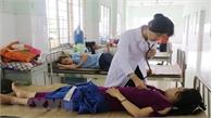 Quảng Trị: Hàng loạt người nhập viện sau khi ăn tiệc cưới