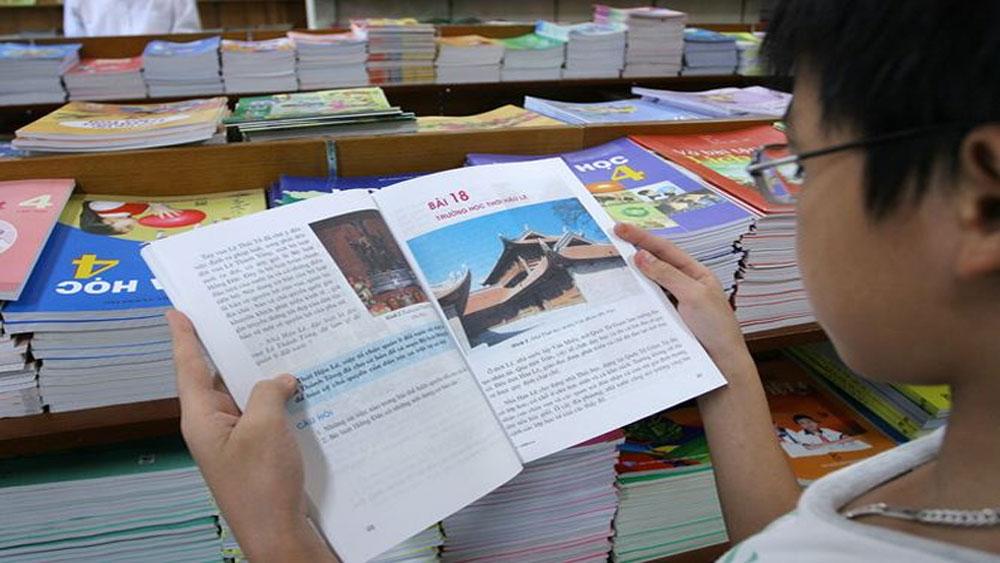 Nhiều bộ sách giáo khoa mới xóa bỏ được độc quyền