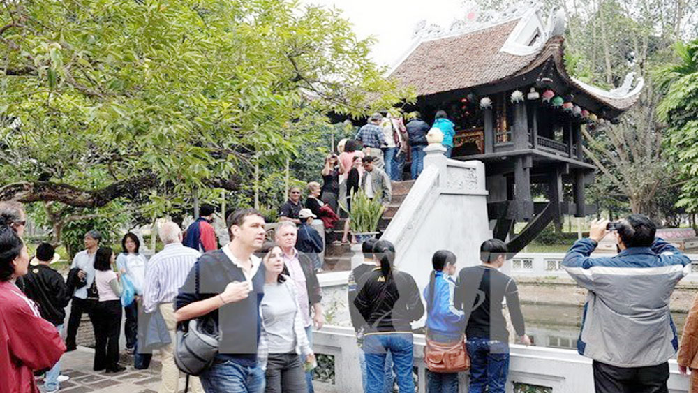 Hanoi expects to serve nearly 20 million tourists during Jan-Sep