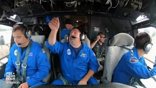 Nhà khoa học bay thẳng vào siêu bão Florence để lấy dữ liệu