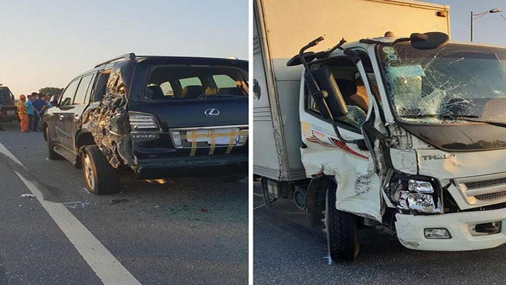 Tài xế bị tông chết trên cao tốc: Cảnh sát giao thông dừng xe đúng hay sai?