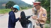 """Công an huyện Sơn Động: Bám """"điểm đen"""", ngăn ngừa tai nạn"""