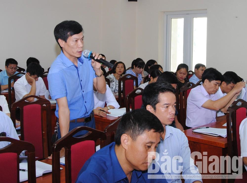 Đoàn đại biểu Quốc hội tỉnh,  lấy ý kiến đóng góp vào hai dự thảo luật, Luật trồng trọt, luật Chăn Nuôi