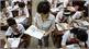 """Bộ Giáo dục và Đào tạo: """"Tái sử dụng sách giáo khoa để tránh lãng phí"""""""